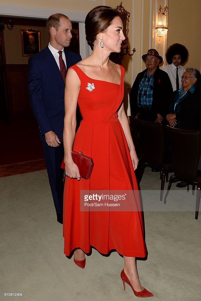 (NO UK SALES FOR 28 DAYS) Catherine Duchess of Cambridge and Prince William, Duke of Cambridge attend a Goverment of British Columbia reception at Government House on September 26, 2016 in Victoria, Canada.  (Photo by Pool/Sam Hussein/WireImage)