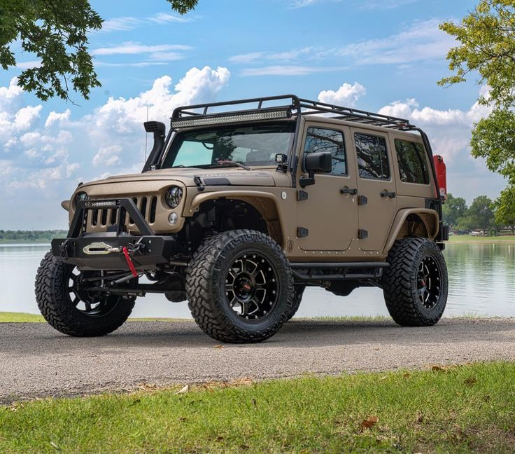 389 best off road images on pinterest jeep truck jeep wrangler unlimited and jeep life. Black Bedroom Furniture Sets. Home Design Ideas