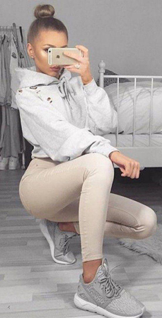 Cool sexy cropped sweatshirt + nude leggings