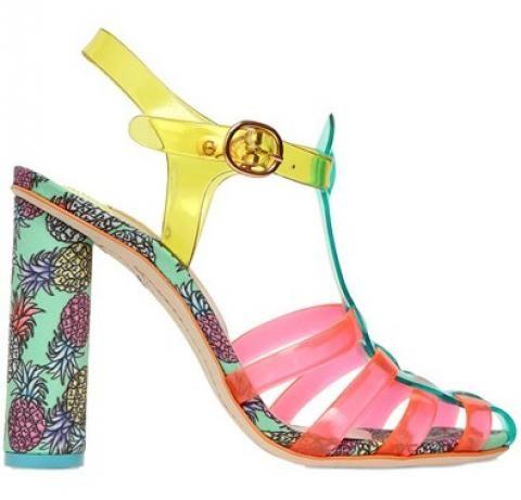 Sandale en plastique motif ananas Sophia Webster vu dans la presse à retrouver sur Selectionnist.com