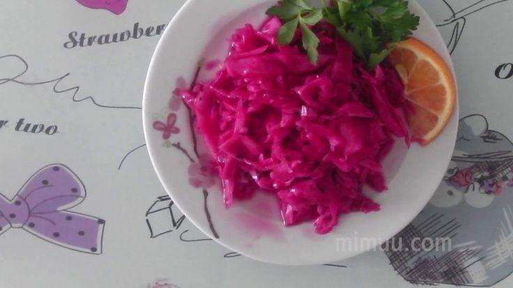 Videolu, Lokanta Usulü Mor Lahana Turşusu ,  #kırmızılahanasalatasıtarifi #morlahanaturşusu #morlahanaturşusunasılyapılır #restoranlardakikırmızılahanasalatası , Ben çok seviyorum. Eminim sizlerde çok seviyorsunuzdur. Salatalar arasında en güzel lezzetlerden. Zayıflama sürecinde olanlar mor lahanayı terc...