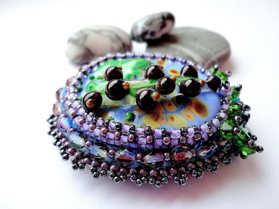 Iveta Linde cabochon Embroidery Brooch Bright by KristinesBeads