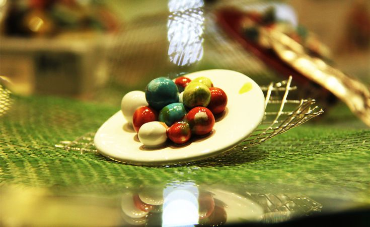 MET gioielli in ceramica, da OASI'S a Volterra in via Gramsci 20