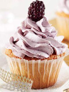 Böğürtlenli cupcake Tarifi - Kek Tarifleri Yemekleri - Yemek Tarifleri