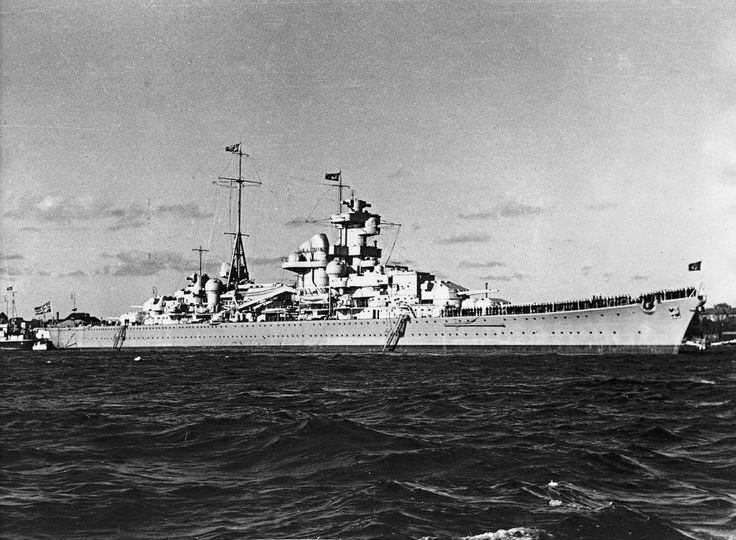 The German heavy cruiser Blücher, ca., 1939. | | warships ...