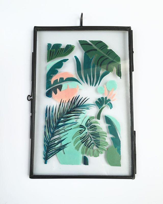 New! Doorzichtige lijstjes met handbeschilderde print erin. Ze zullen binnenkort als limited editions bij @Soortvanwinkel verkocht worden!#palmprint#palmleaf#art#illustratie#illustration#transparant#palmpattern#pattern#artdeco#interior#design