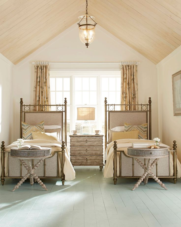 Carly Twin Bed, Bronze