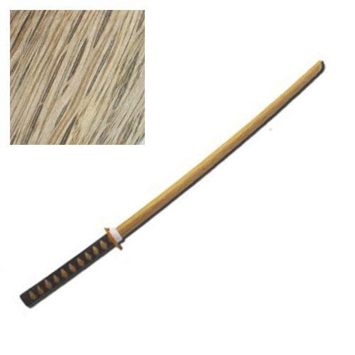 Bokken con Tsuka in Cotone come una katana, realizzato in legno pregiato di Quercia Rossa qualità giapponese.  Garantisce robustezza e durata. Articolo esclusivo con un rapporto prezzo qualità eccezionale.