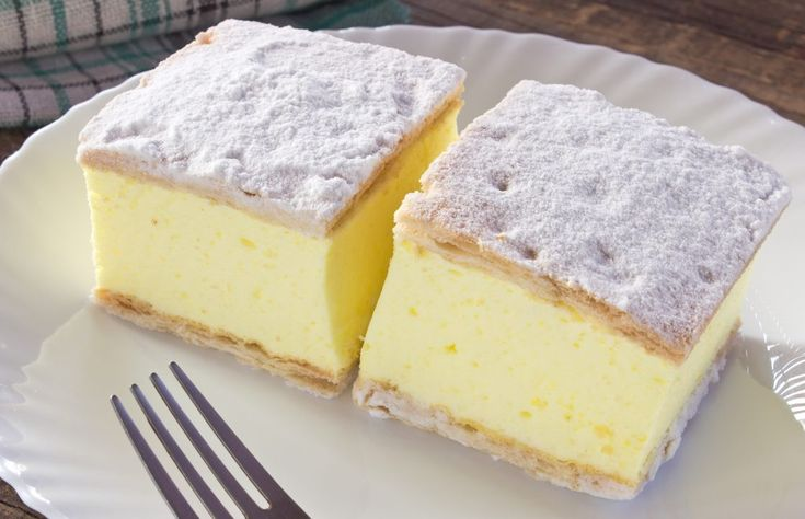 Prajitura Cremes - Cremsnit cu crema de vanilie