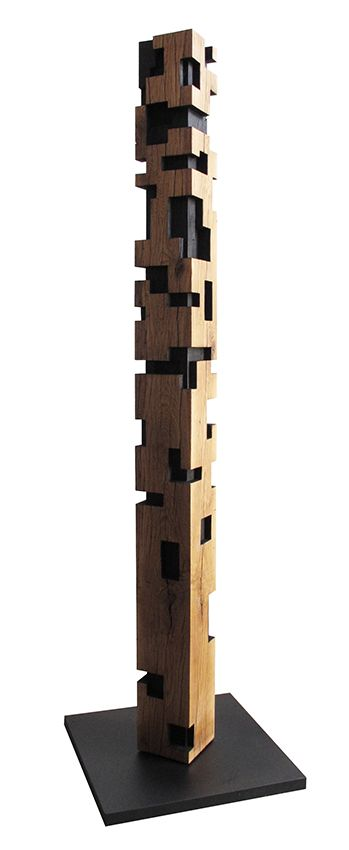 Alban Lanore / colonne monumentale III / chêne / 280x25x25cm.