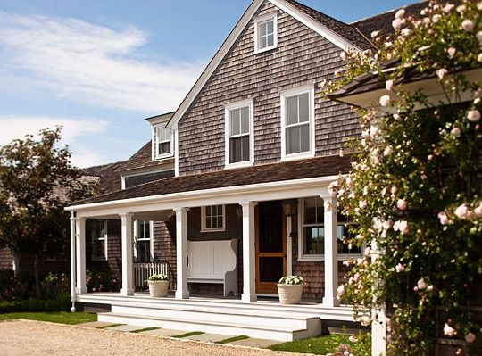 Hello Nantucket. Love Love LoveBeach House, Summer House, Summer Style, Shingles Style, Nantucket Summer, Traditional Home, Capes Cod Style, Nantucket Style, Front Porches