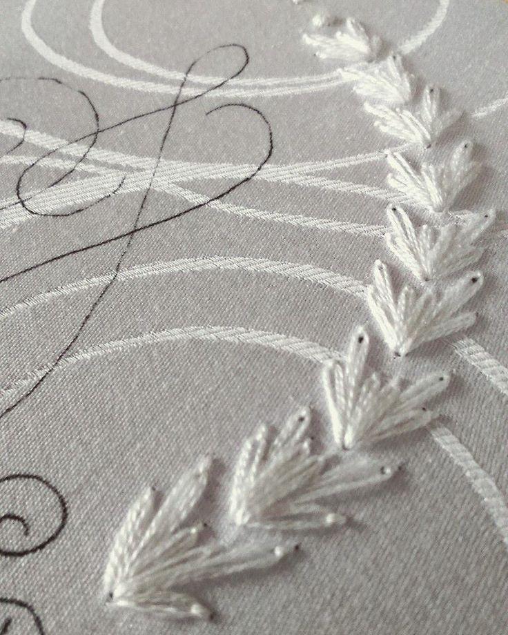Um Pontinho – Bordados feitos a mão #umpontinho #bordado #embroidery #handmade #feitoamao