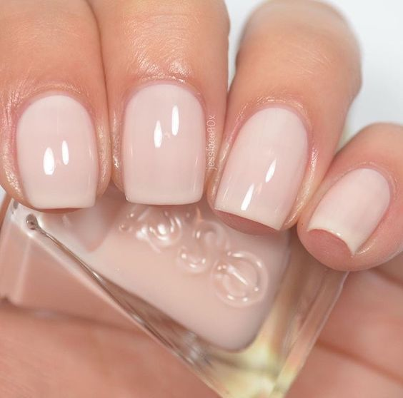 Essie - Fairy Tailor (Gel Couture Atelier Collection)