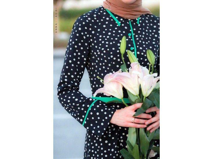 Modest long sleeve polka dot maxi dress full length stylish trendy fashion | Mode-sty tznius hijab muslim mormon jewish christian lds islamic