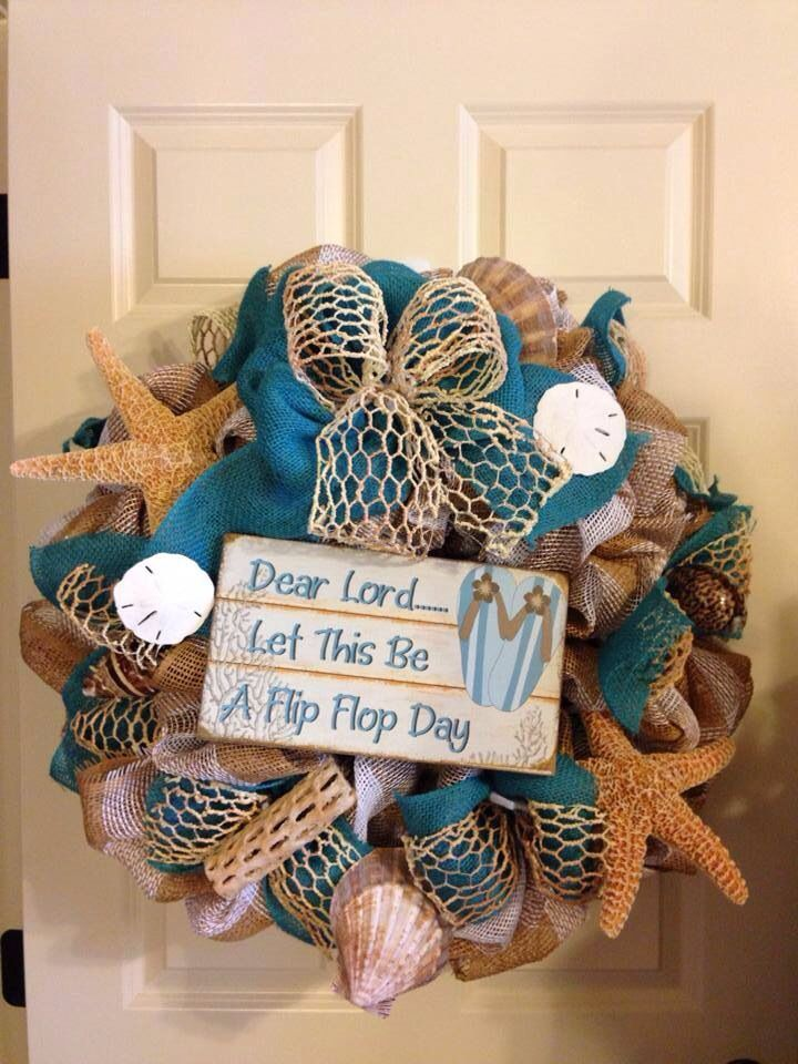 Flip Flop Beach wreath From Southern and Sassy Door Decor and More on Facebook.