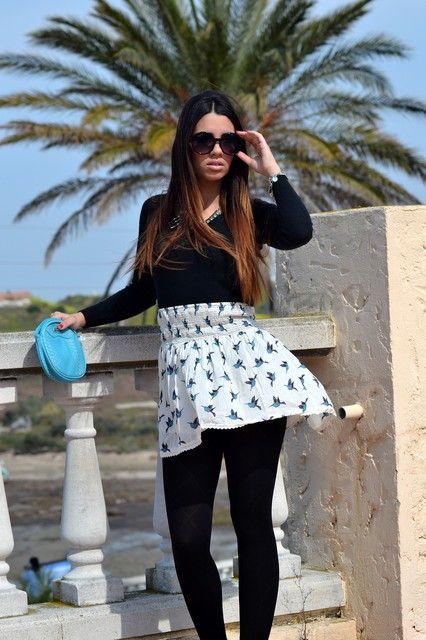 Jersey Shana Collar Primark Gafas de sol Primark Falda Primark Bolso Mango Zapatos Primark