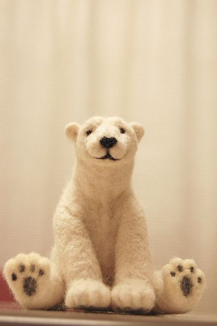 *POLAR BEAR ~ Needle felt art, フェルトのシロクマ by urone317, via Flickr