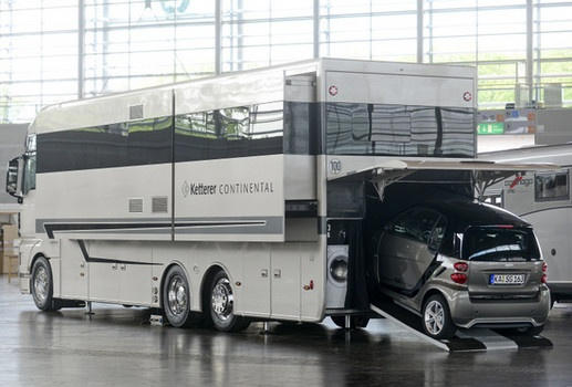 Caravan salon 2012 world s best rv show to open in for Garage class auto