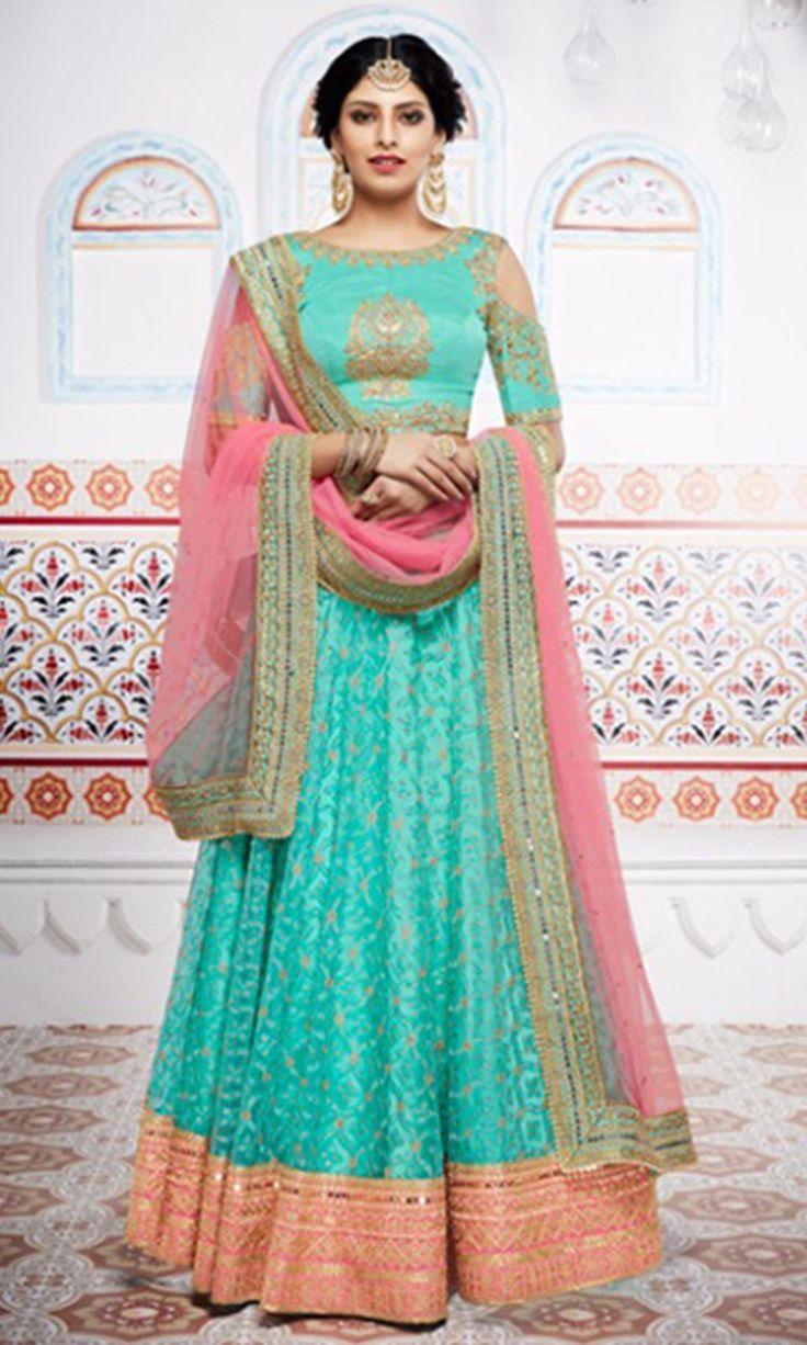 60 best Lehengas saree images on Pinterest | Lehenga choli online ...