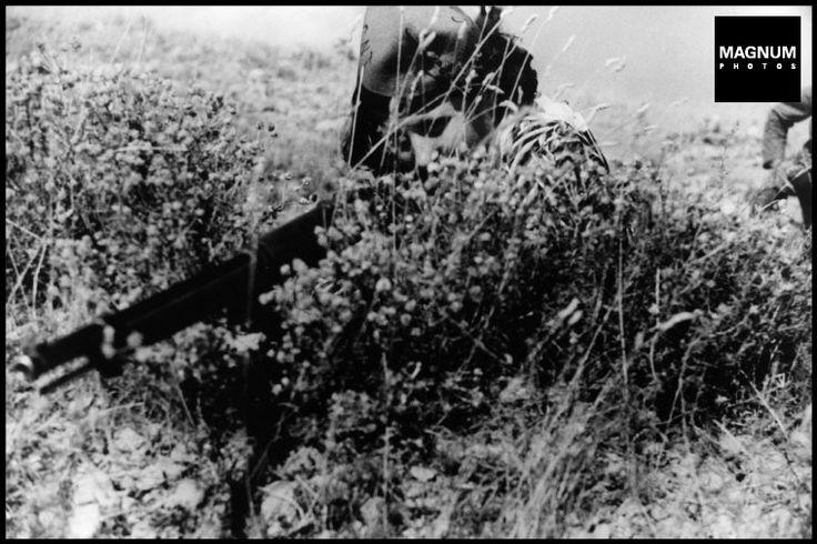 Aragon front. August-September 1936. Republican soldier//Robert Capa
