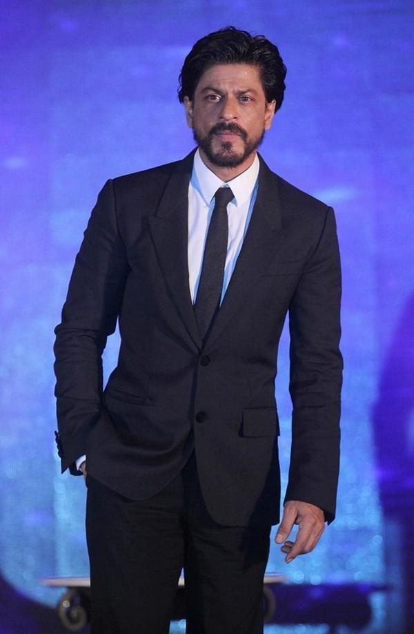 Shah Rukh Khan at launch of Gitanjali's 'Ticket to Bollywood' in Mumbai July 2014  pic.twitter.com/KIhzmm8ACb