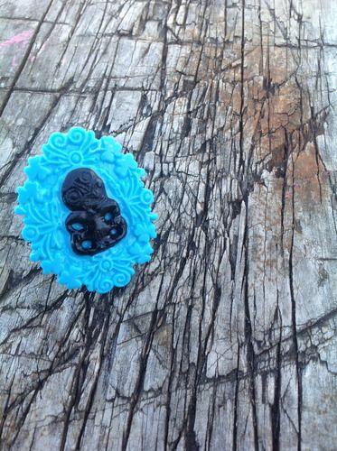 XL TIKI CAMEO RING - Black, blue