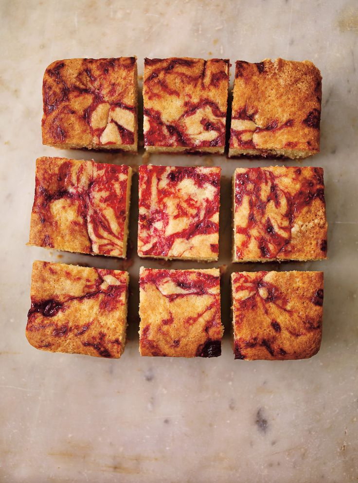 Recette de Ricardo de gâteau au citron et aux framboises