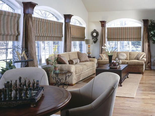 interesting window treatments!Bamboo Romans Shades, Curtains, Windows Covers, Treatments Ideas, Living Room, Window Treatments, Interesting Windows, Windows Treatments, Bathroom Windows