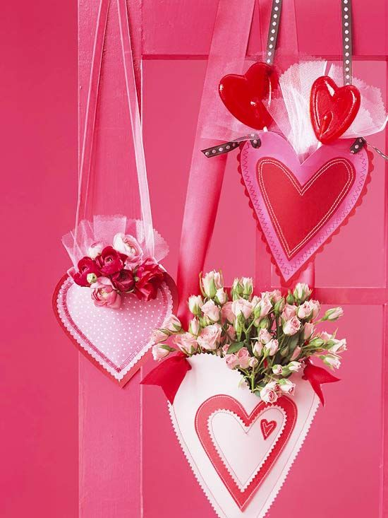 Make these Heart-Shape Pouches for Valentine's Day! More DIY decor ideas: http://www.bhg.com/holidays/valentines-day/decorating/hand-crafted-valentines-day-decor/