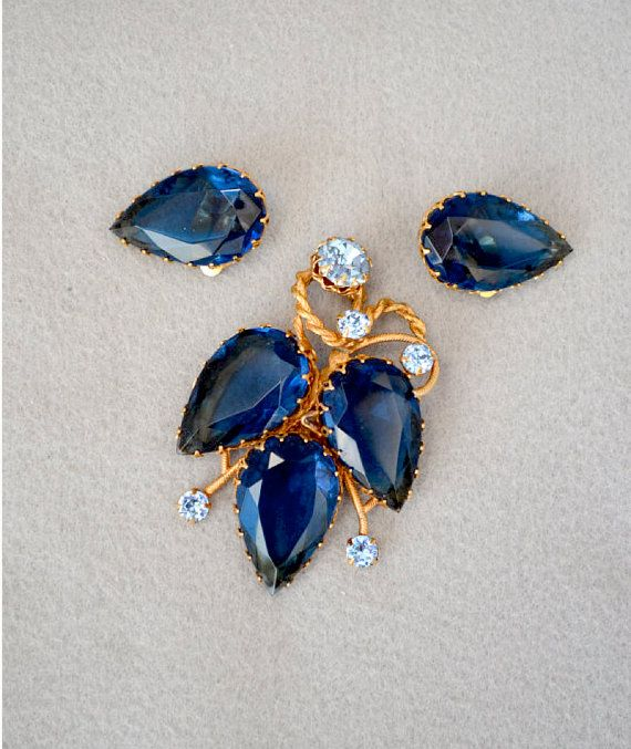 Signed Kramer of New York Vintage Brooch and by HighClassHighway, $80.00