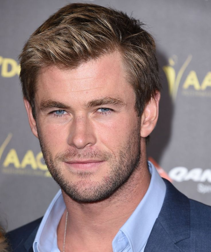 Chris Hemsworth on 'SNL': goes shirtless, spoofs 'Empire'