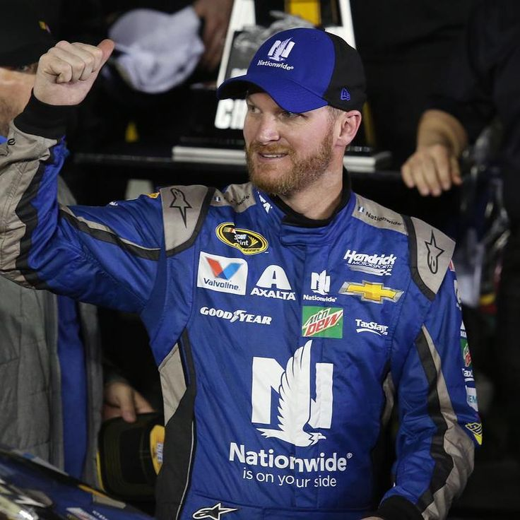 Daytona 500 Qualifying Stephen M. Dowell / Orlando Sentinel Dale Earnhardt Jr. celebrates in Victory Lane after winning the Can-Am Duel #1 Sprint Cup qualifying race at Daytona International Speedway on Thursday, February 18, 2016. (Stephen M. Dowell/Orlando Sentinel)