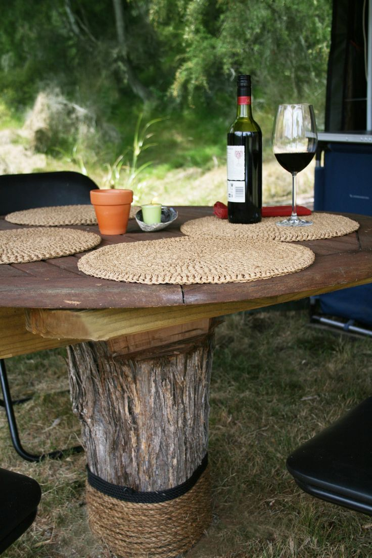 Dining in style within a natural Native New Zealand Bush setting.