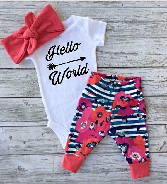 baby girl coming home outfit baby leggings baby girl going home outfit Newborn baby girl take home outfit going home from hospital outfit  This item takes 1-2 weeks to ship. This newborn set is perfect for your new arrival, or as a unique baby shower gift! *** Choose ANY vinyl onesie decal and colour you see in my a Shop- write your choice in the notes to seller upon check out!***if you want the design and colour shown in photo- please write as shown! If you want the design shown but a…