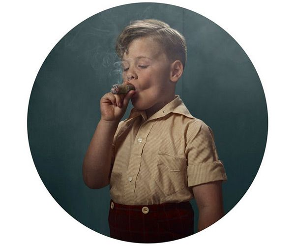 Frieke Janssens - Smoking Kids 06