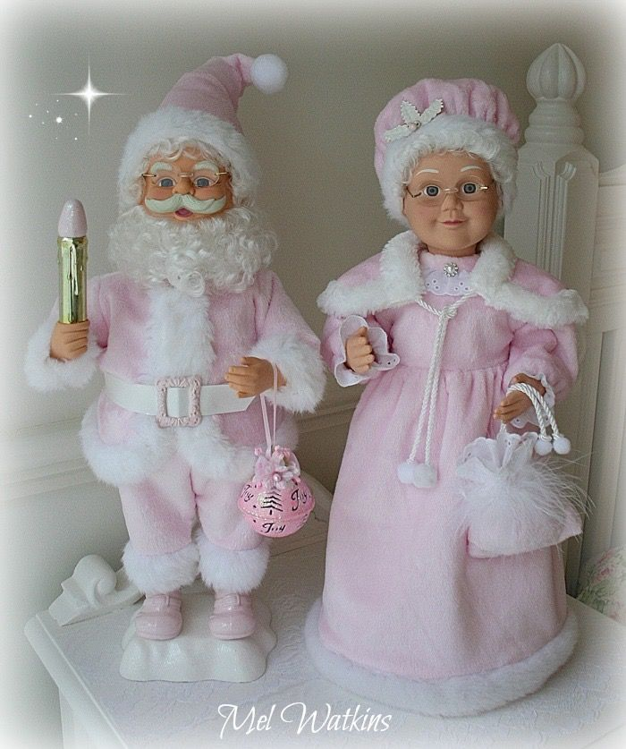 Pink Mr & Mrs Claus <3