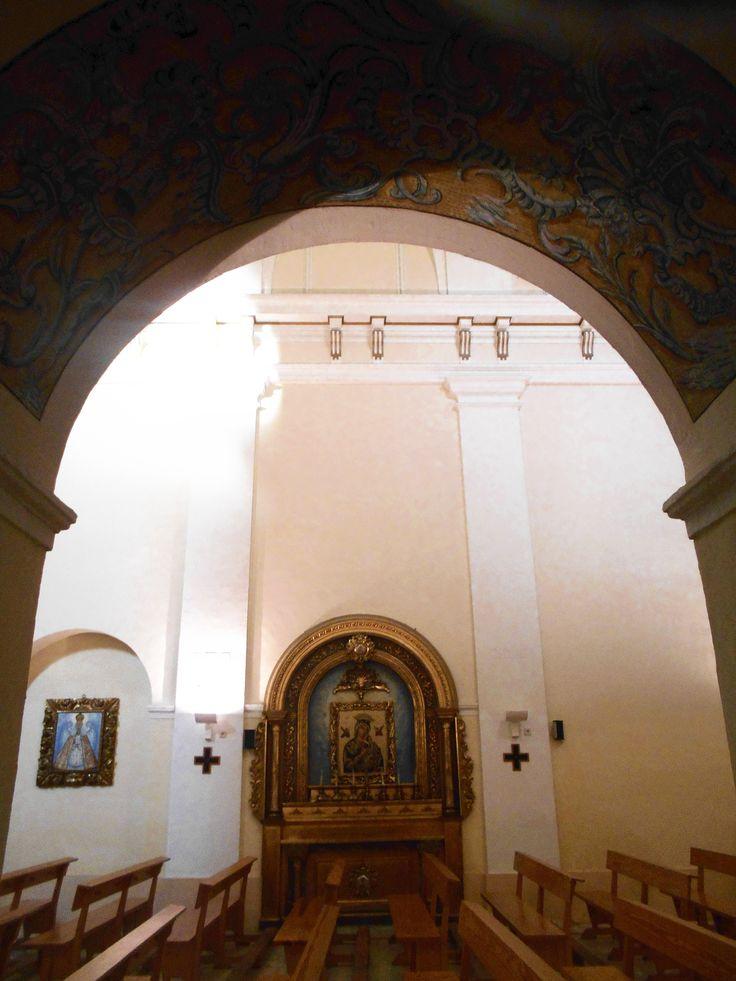 Iglesia de la Merced- Retablo del lado de la epístola, desde arco del lado del evangelio.
