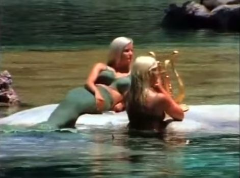 A Brief History Of That Time Disneyland Employed Live Mermaids | HuffPost