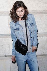 Cowboyjakke fra Selected Femme - Jakke - Sharin denim jacket