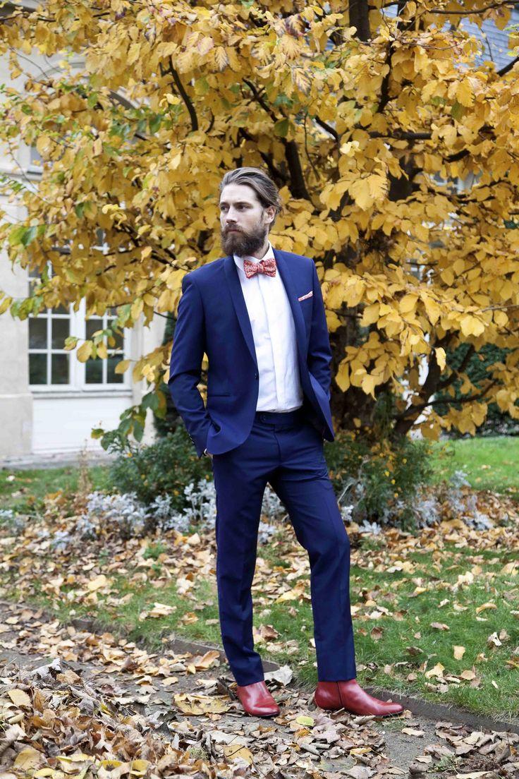 L'apiéceur sur mesure | Costumes sur-mesure | Costume sur-mesure bleu avec noeud-papillon| Blog Mariage | La Mariée Sous Les Etoiles