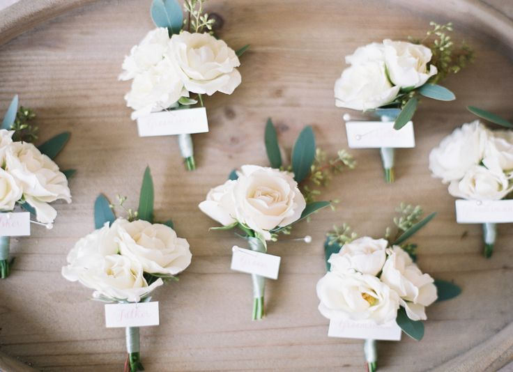 Photography: Christine Doneé Photography - christinedoneeblog.com Floral Design: Peony And Plum - peonyandplum.com   Read More on SMP: http://www.stylemepretty.com/2016/03/28/a-fuchsia-infused-wedding-done-so-right/