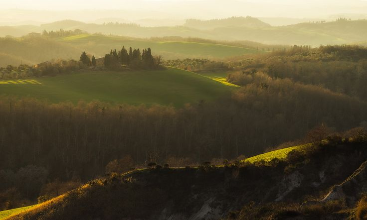 Val d'Orcia glowing in the late afternoon light.  #Countryside #Farms #Gentle #fineartphotography #Evening #daydreaming #Italia #Italy #Hills #fineart #landscapephotography #landscape #Tuscany #Toscana #softglow #SoftLight #travel #Waves #Trees #ValdOrcia #outdoorphotography #marcoromaniphotography #marcoromani #Nikon #Feisol #Nikkor #NikonD800