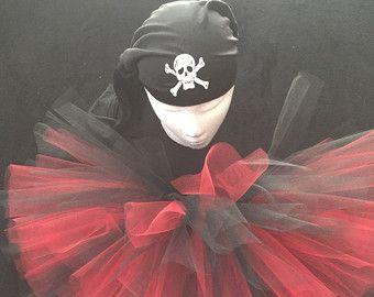 Disfraz tutu negro y rojo del pirata por Zacharydickorydock en Etsy