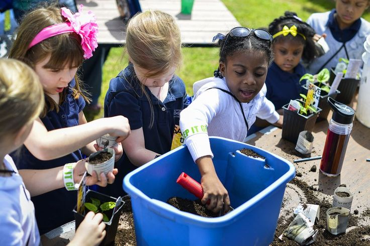 It's Earth Day!  Click through for the Nat Geo article: Earth Day 2014: How It Became a Global Environmental Event.  In 1970, one in ten Americans turned out for the first Earth Day, pushing the federal government to take on environmental problems.