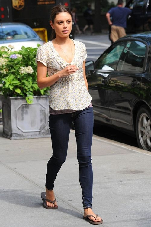 Just Mila Kunis Without Makeup And Photoshop Pinterest Nice Casual And Love This