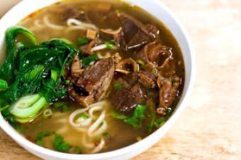 Yuet Lee Chinese, Seafood  1300 Stockton St, San Francisco, 94133 https://munchado.com/restaurants/view/253/yuet-lee