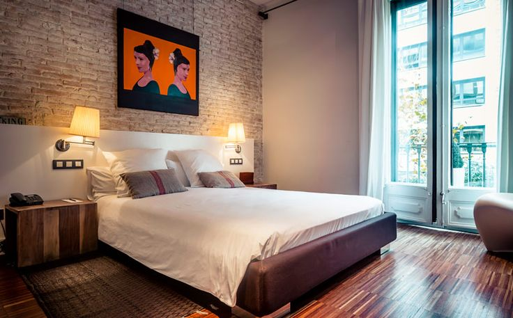 Ska ni resa till Katalonien? Vi har hela listan på de 7 mest romantiska hotellen och boendena, plockade direkt från vår Barcelona-guide, momondo places. Ladda ned den till din iPhone nu – helt gratis!