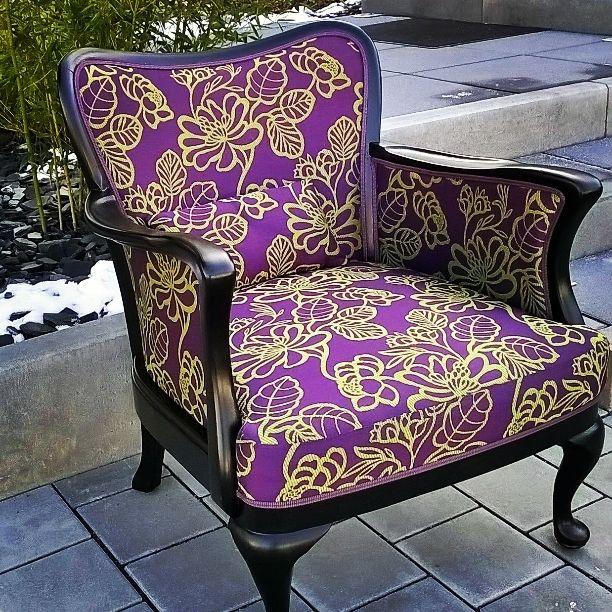 Hier Wurde Der Sessel Komplett Neu Restauriert. #Einzelstück