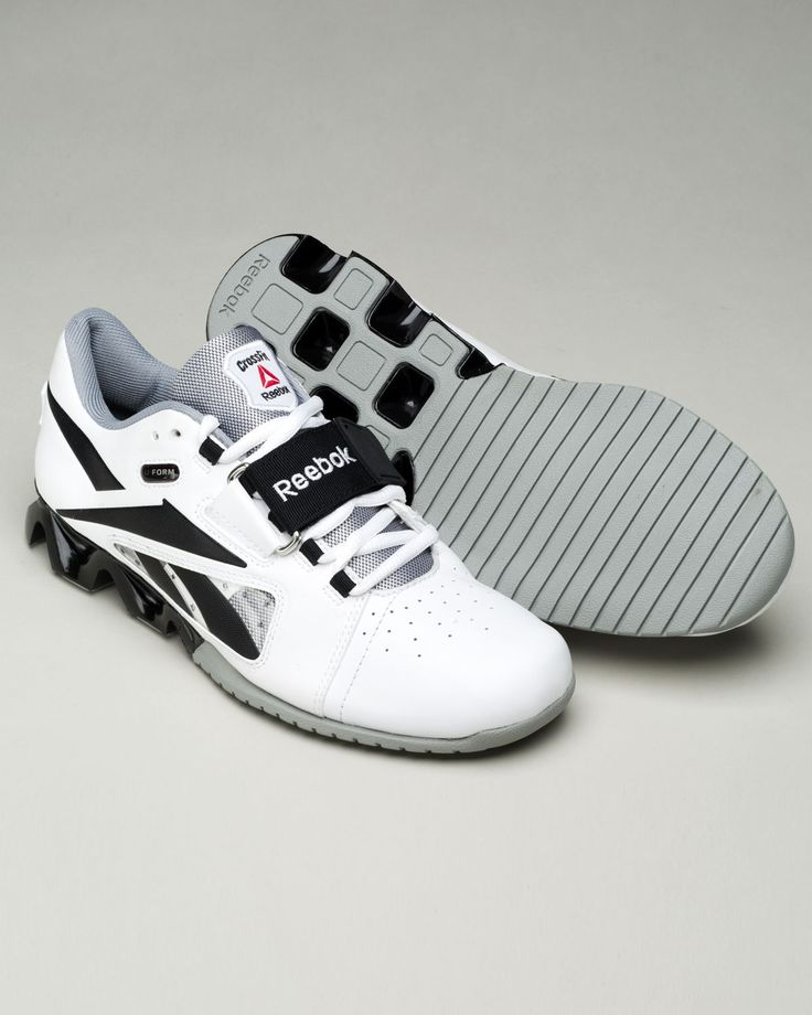 The new Reebok crossfit OLY shoes. A must have!