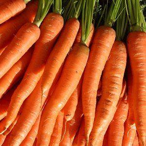Centrifugato dimagrante di carota, sedano e asparagi | La centrifuga